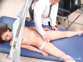 Asian sweetie gets her..