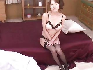 Breasty Akari Asagiri feels..