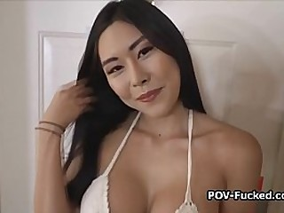Big tit Asian amateur shows..