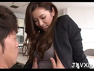 Asian beauty seduces guy for..