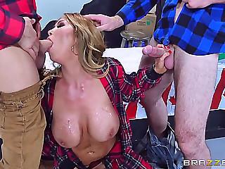 Canadian porn queen kianna..