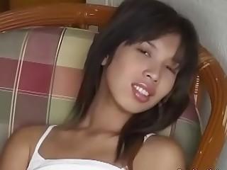 Asian Hottie Loves To Cum